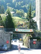 Door het dorpje Flumet